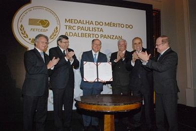 alckmin regulamenta lei que pune empresa que comercializar produto roubado